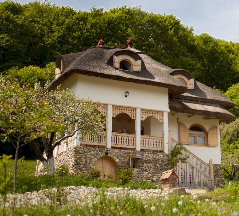 adelaparvu.com despre casa traditionala romaneasca reinterpretata, Foto Dragos Boldea (10)