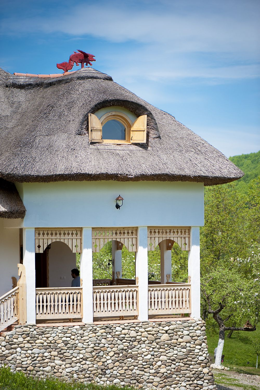 adelaparvu.com despre casa traditionala romaneasca reinterpretata, Foto Dragos Boldea (17)