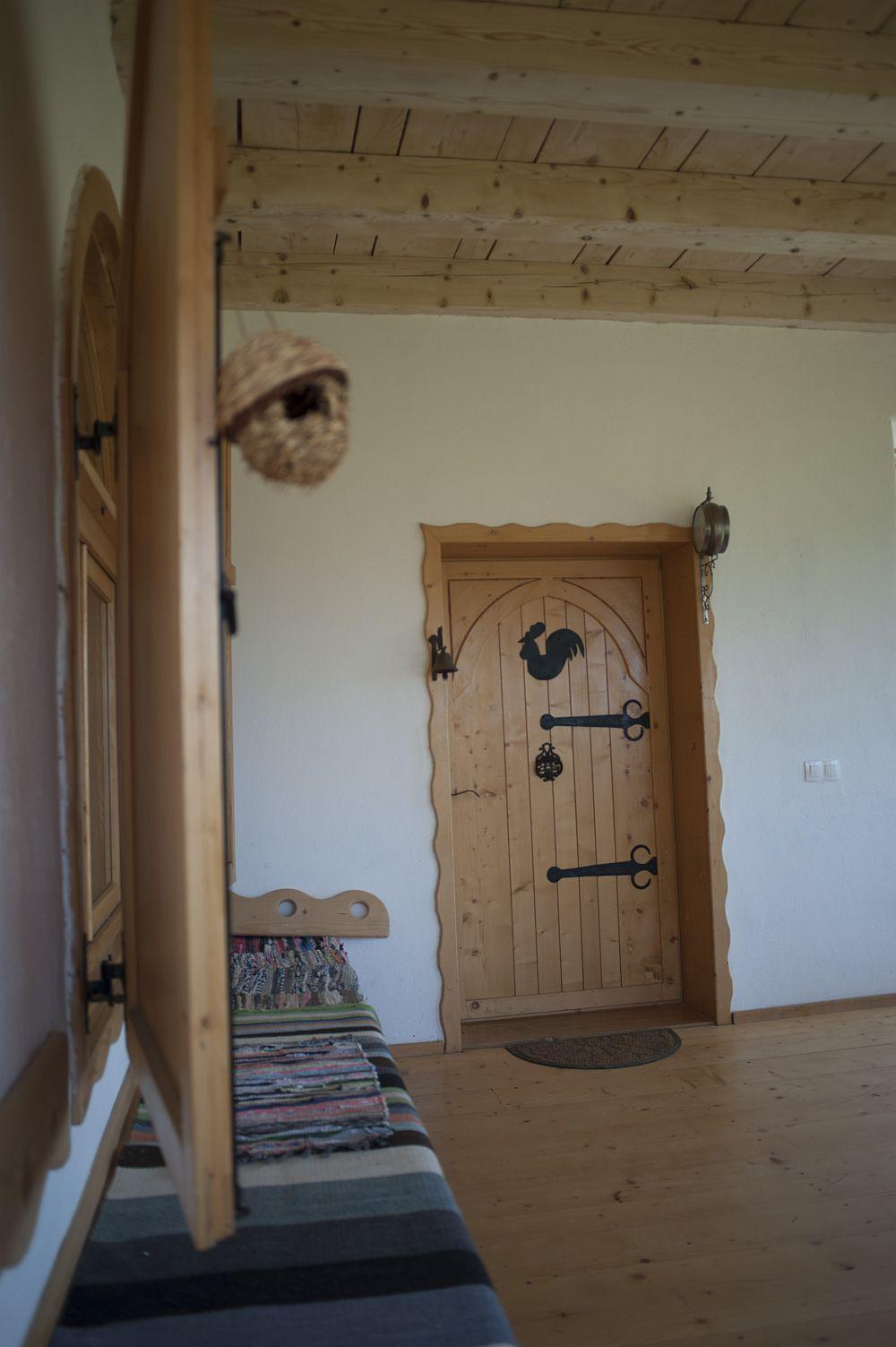 adelaparvu.com despre casa traditionala romaneasca reinterpretata, Foto Dragos Boldea (29)