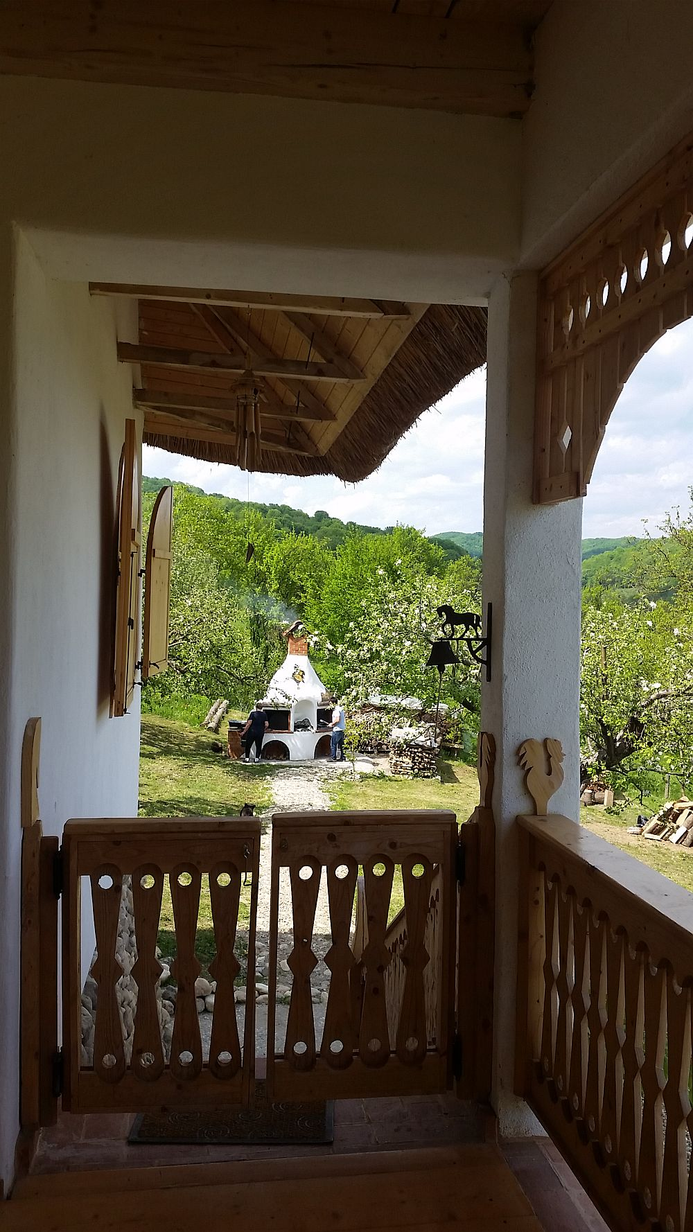 adelaparvu.com despre casa traditionala romaneasca reinterpretata, Foto Dragos Boldea (3)