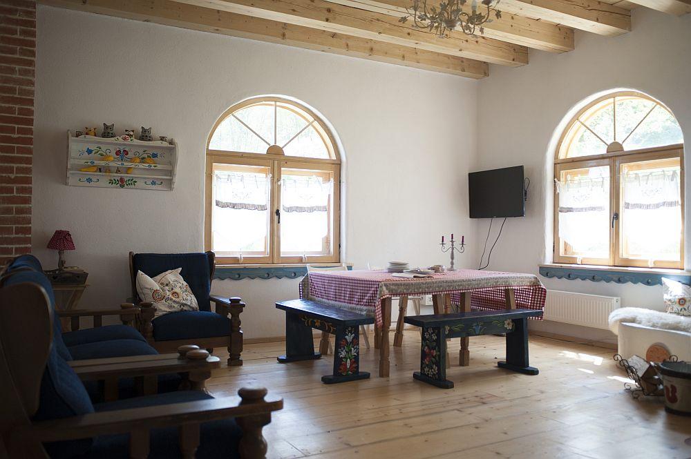 adelaparvu.com despre casa traditionala romaneasca reinterpretata, Foto Dragos Boldea (44)
