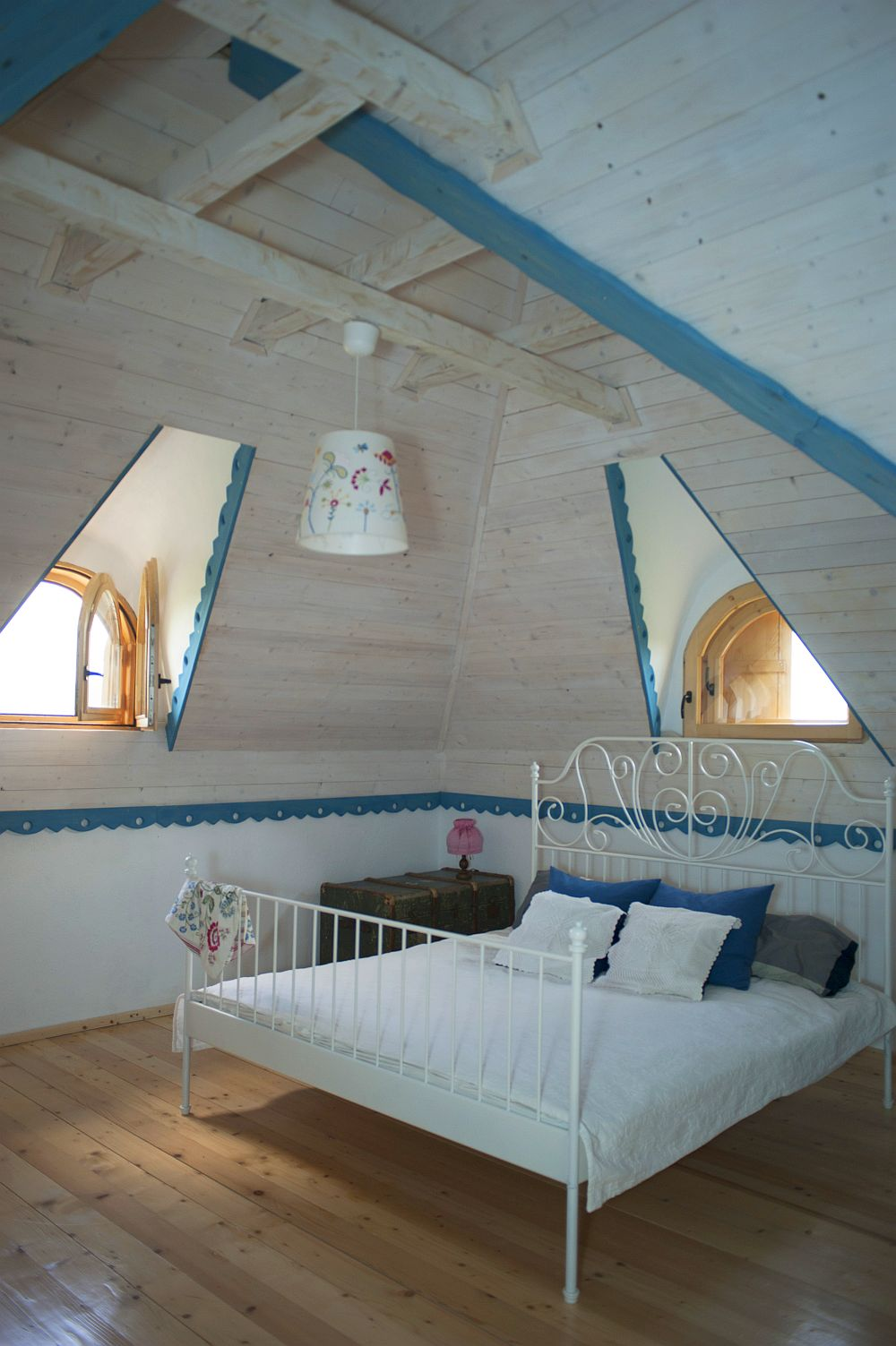 adelaparvu.com despre casa traditionala romaneasca reinterpretata, Foto Dragos Boldea (64)