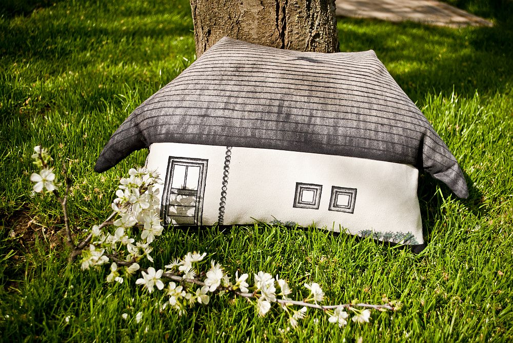adelaparvu.com despre colectie de decoratiuni textile pictate manual, design SAS, arh Irina Riscu si arh Alex Stanciu, Foto SAS (9)