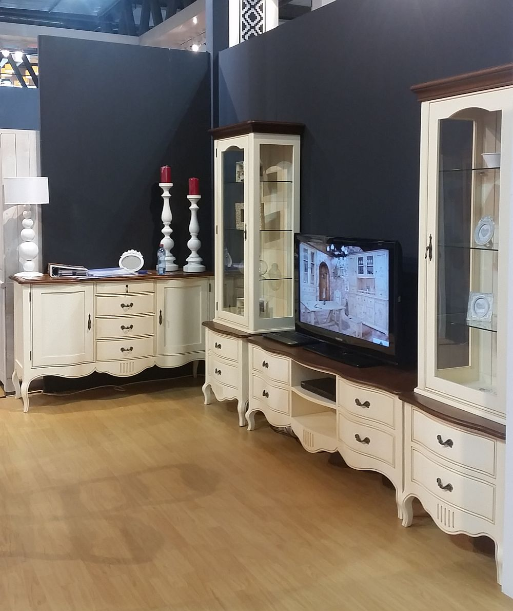 adelaparvu.com despre firme romanesti de mobila la Salone del Mobile Milano 2016, stand Transilvania Production (1)