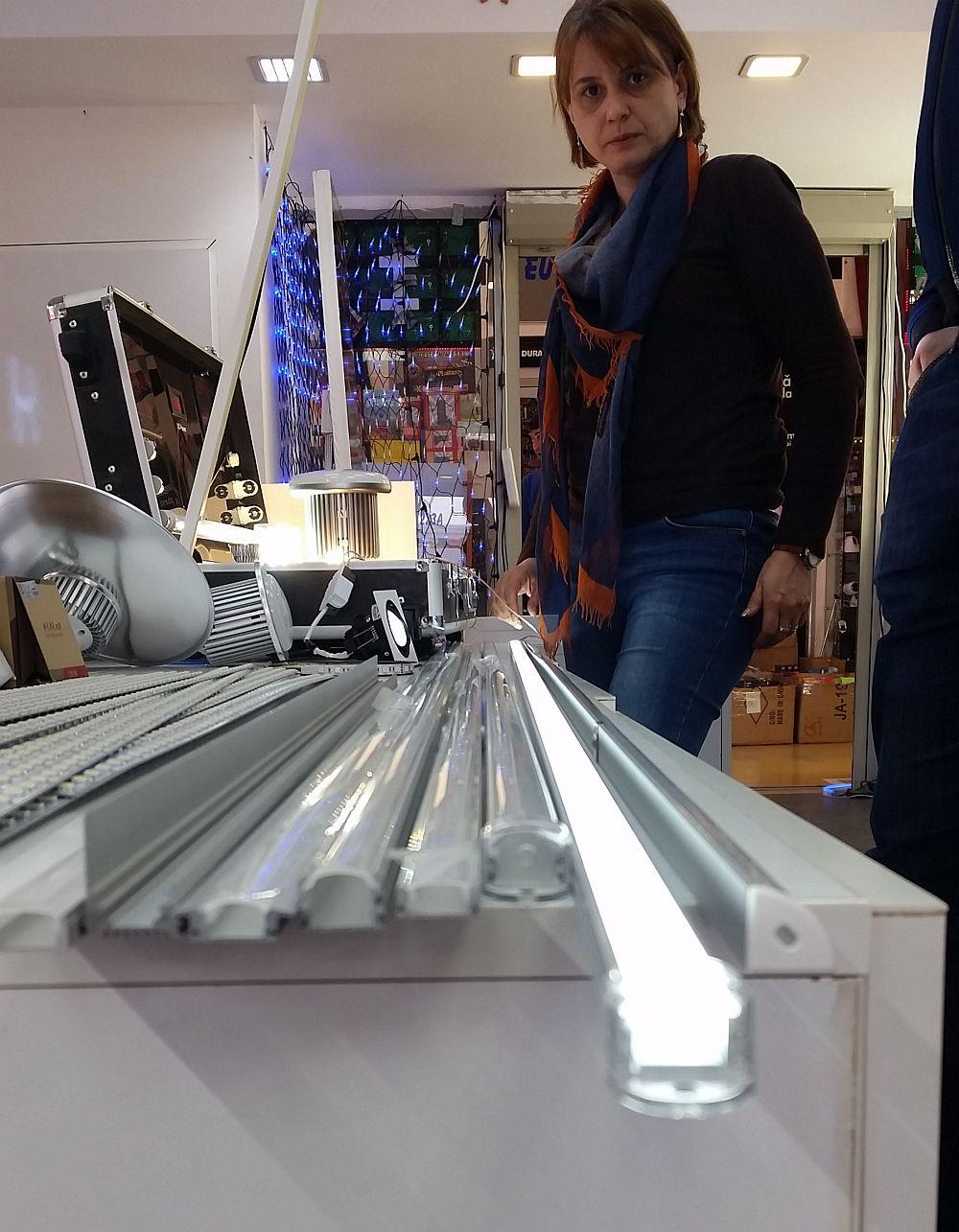 adelaparvu.com despre becuri LED asamblate in Romania, Global Flash Media (1)