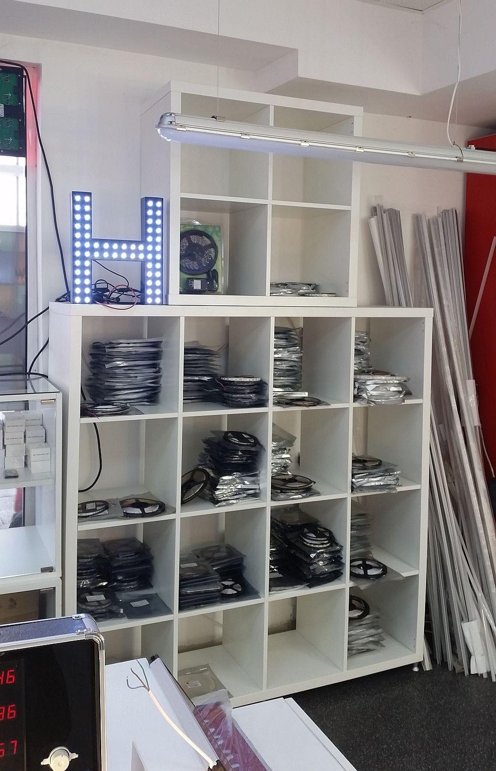 adelaparvu.com despre becuri LED asamblate in Romania, Global Flash Media (5)