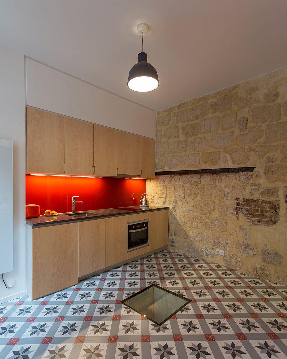 adelaparvu.com despre bucatarie 24 mp transformata in garsoniera, design arh. Anne Rolland, Foto Jerome Fleurier (3)
