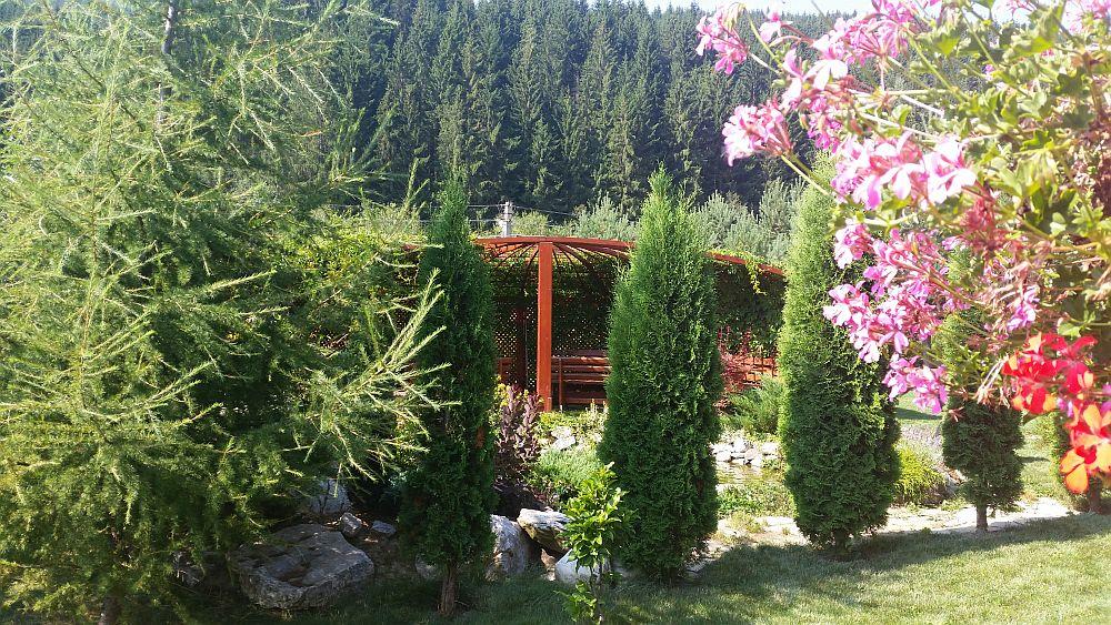 adelaparvu.com despre gradina in Bucovina, design Garden Green Campulung Moldovenesc, Foto Adela Parvu (33)