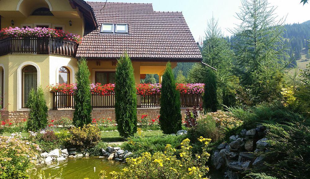 adelaparvu.com despre gradina in Bucovina, design Garden Green Campulung Moldovenesc, Foto Adela Parvu (37)