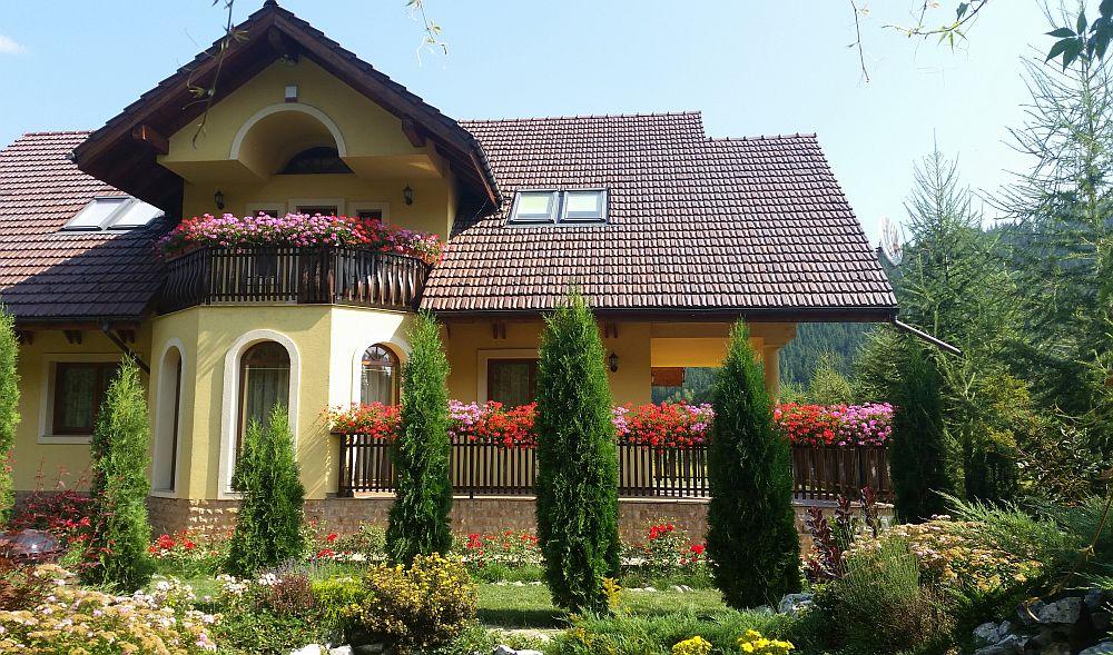adelaparvu.com despre gradina in Bucovina, design Garden Green Campulung Moldovenesc, Foto Adela Parvu (38)
