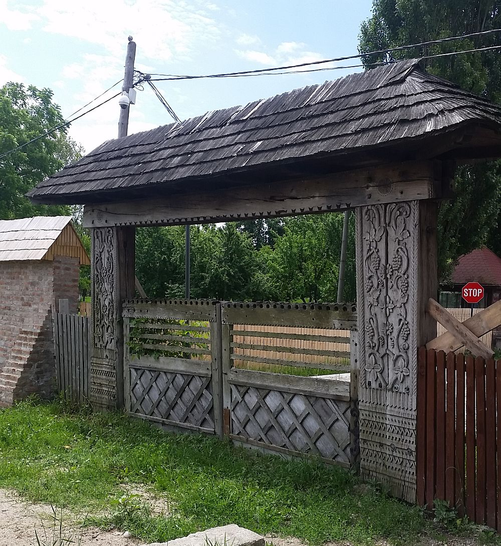 adelaparvu.com despre Conacul Golestilor, Muzeul Viticulturii si Pomiculturii, jud Arges, Romania(1)