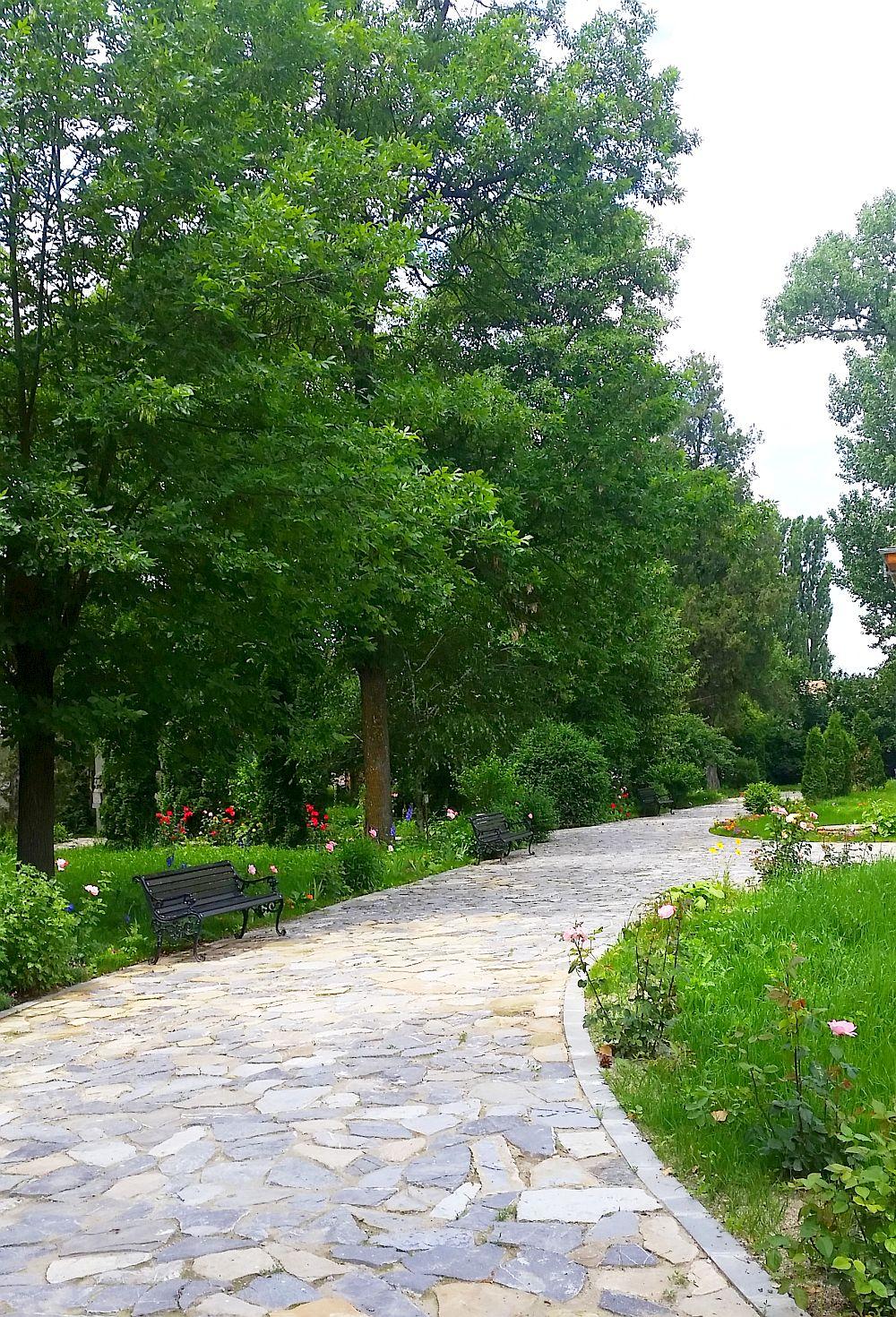 adelaparvu.com despre Conacul Golestilor, Muzeul Viticulturii si Pomiculturii, jud Arges, Romania(12)