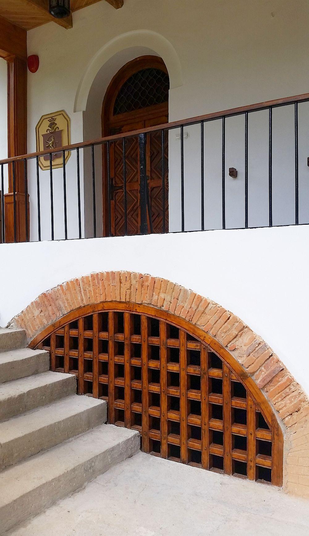 adelaparvu.com despre Conacul Golestilor, Muzeul Viticulturii si Pomiculturii, jud Arges, Romania(16)