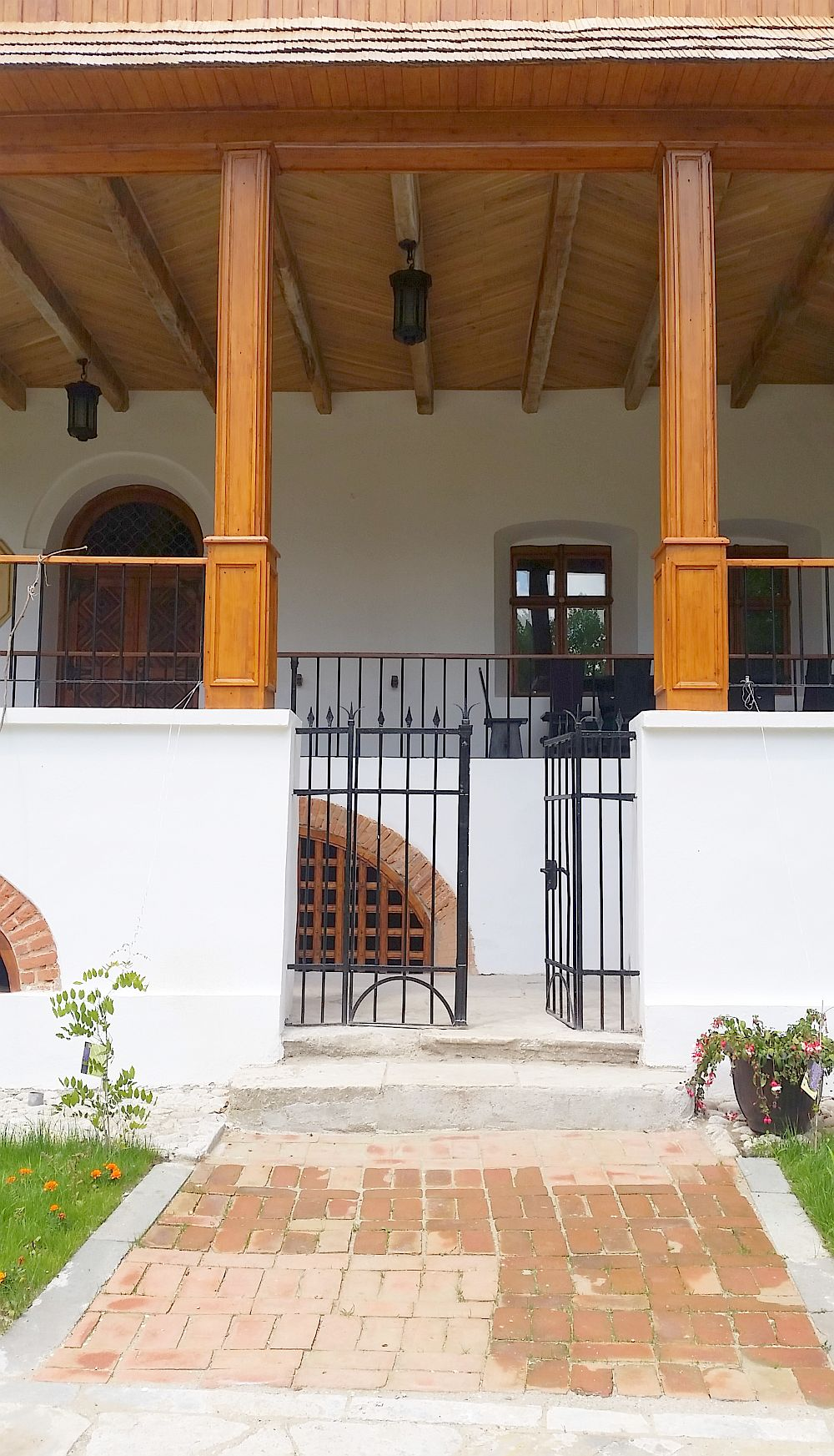 adelaparvu.com despre Conacul Golestilor, Muzeul Viticulturii si Pomiculturii, jud Arges, Romania(20)