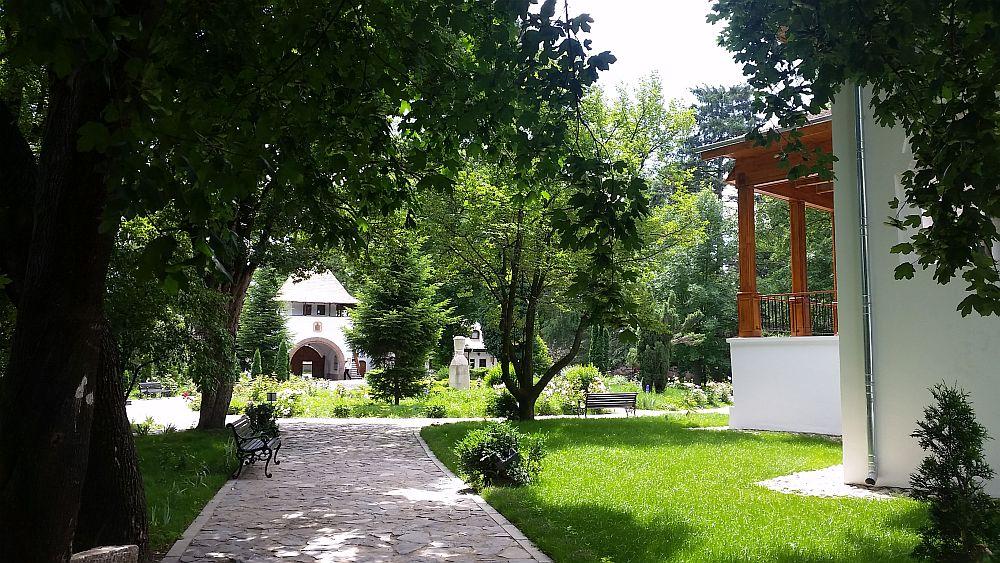 adelaparvu.com despre Conacul Golestilor, Muzeul Viticulturii si Pomiculturii, jud Arges, Romania(23)