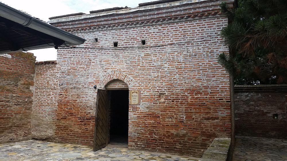 adelaparvu.com despre Conacul Golestilor, Muzeul Viticulturii si Pomiculturii, jud Arges, Romania (26)