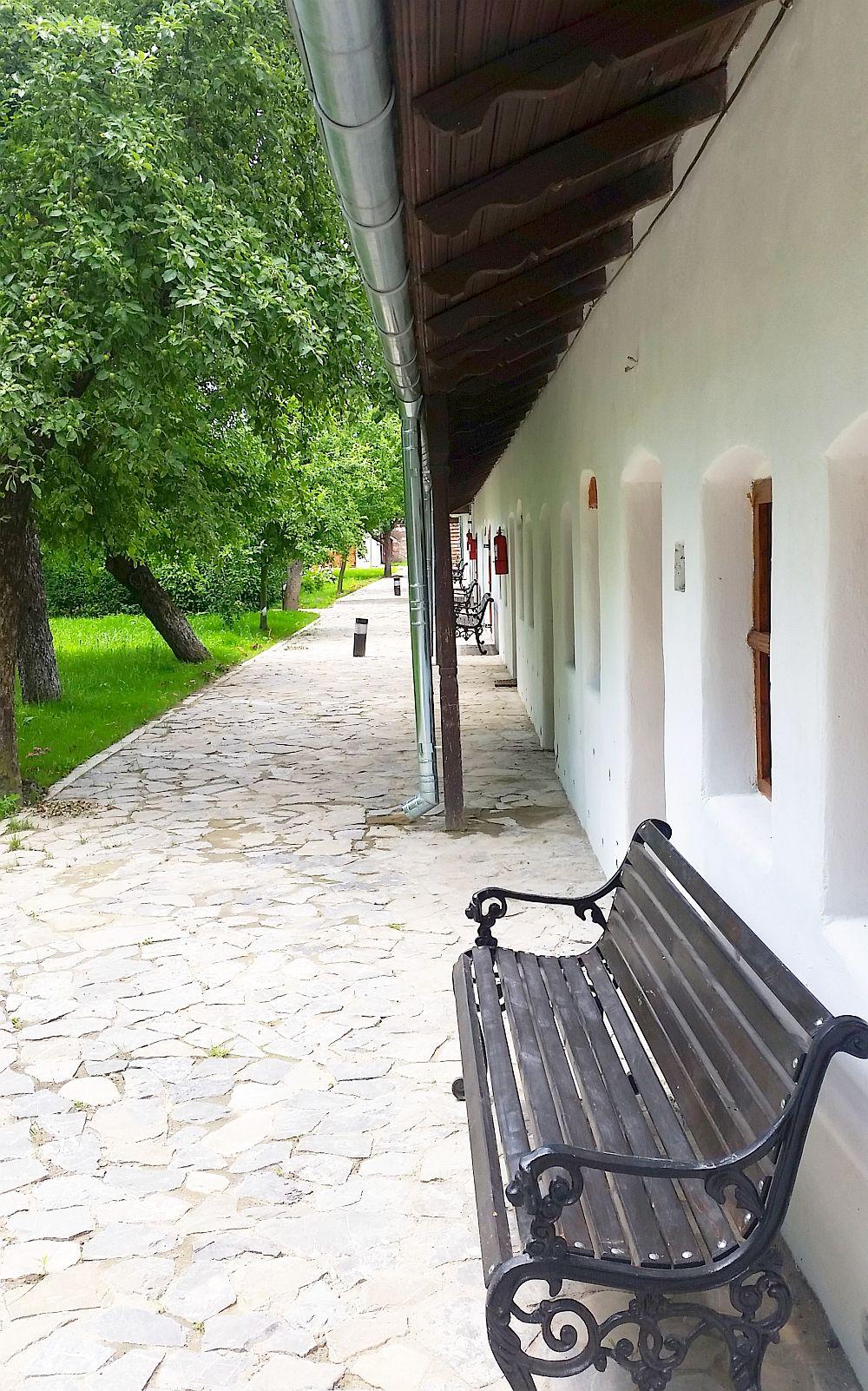 adelaparvu.com despre Conacul Golestilor, Muzeul Viticulturii si Pomiculturii, jud Arges, Romania (27)