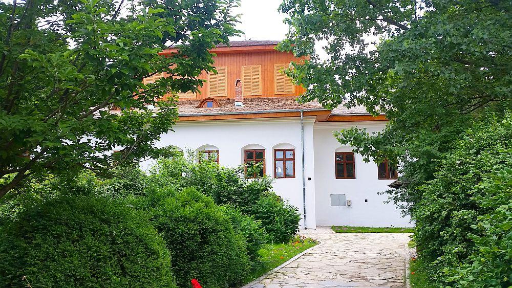 adelaparvu.com despre Conacul Golestilor, Muzeul Viticulturii si Pomiculturii, jud Arges, Romania (28)
