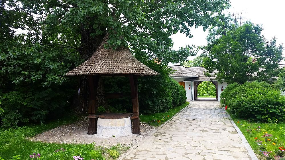 adelaparvu.com despre Conacul Golestilor, Muzeul Viticulturii si Pomiculturii, jud Arges, Romania(30)