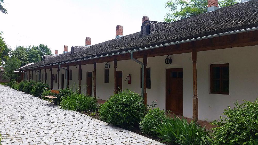 adelaparvu.com despre Conacul Golestilor, Muzeul Viticulturii si Pomiculturii, jud Arges, Romania(34)