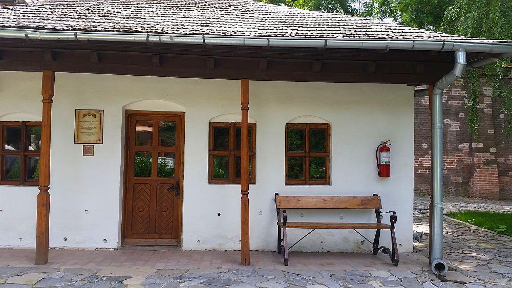 adelaparvu.com despre Conacul Golestilor, Muzeul Viticulturii si Pomiculturii, jud Arges, Romania(45)
