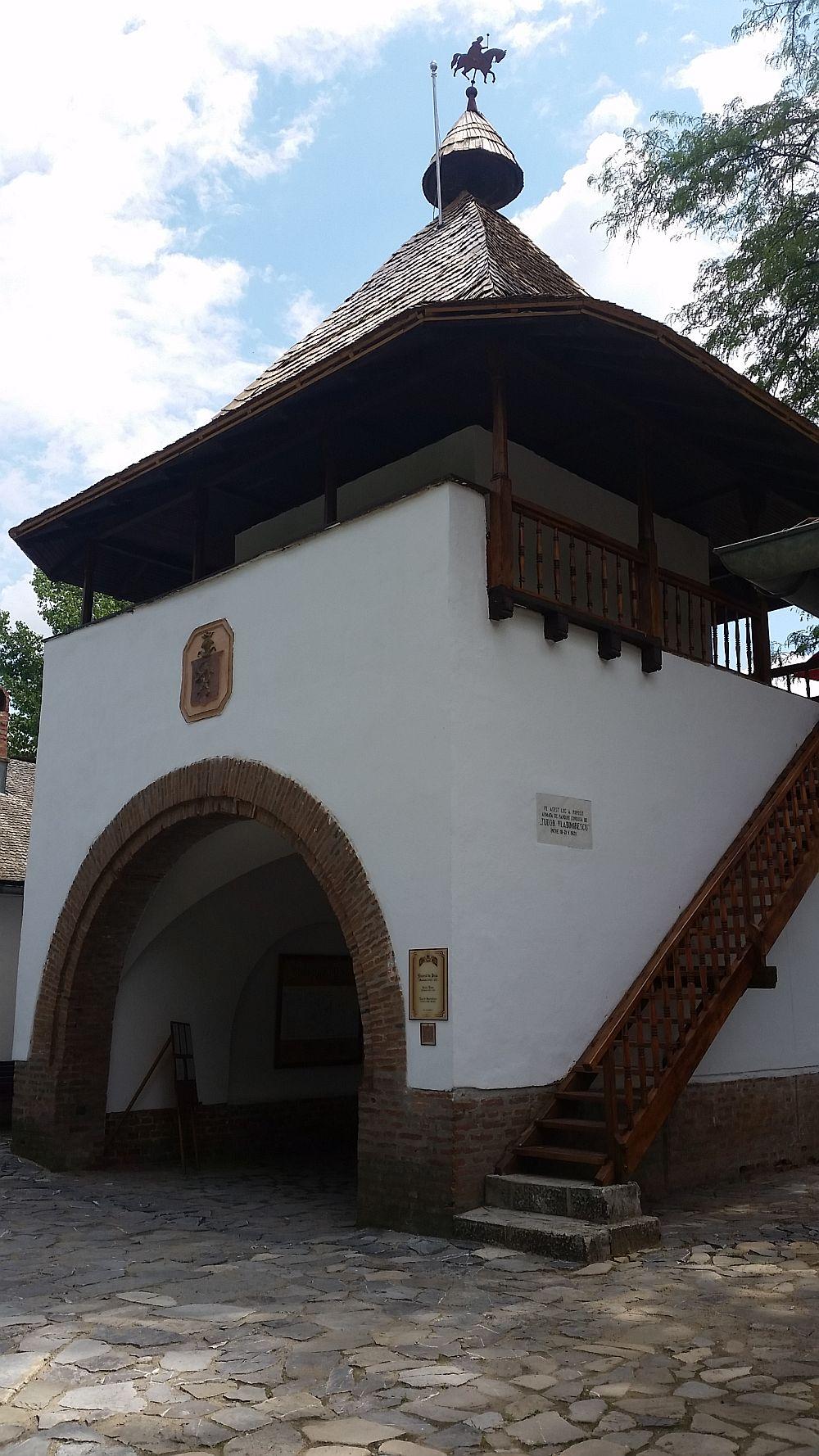 adelaparvu.com despre Conacul Golestilor, Muzeul Viticulturii si Pomiculturii, jud Arges, Romania(47)