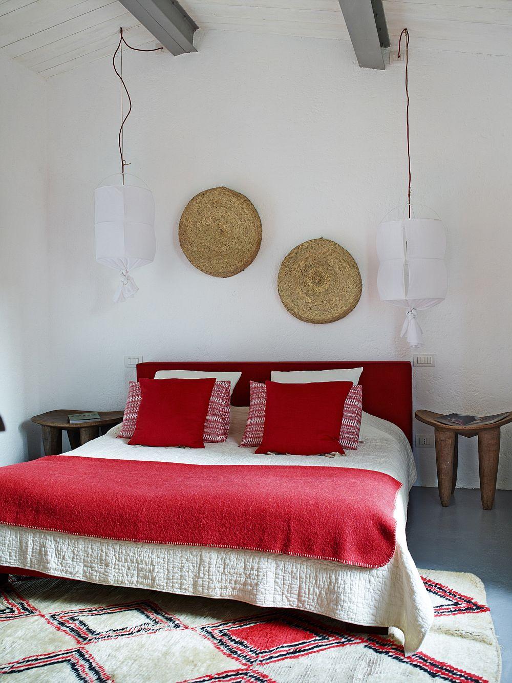 adelaparvu.com despre casa din piatra in stil eclectic, Umbria, designer Andrea Falkner, Foto Septimius Krogh (21)