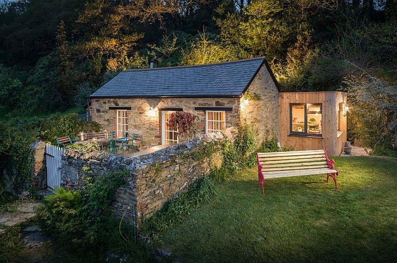 adelaparvu.com despre casa mica in stil industrial, Libertine, Cornwall, Foto Unique Home Stays (15)