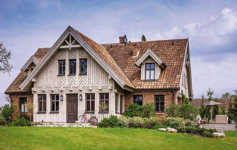 adelaparvu.com despre casa rustica cu interior clasic Polonia, designer Aleksandra Miecznicka, Foto  Rafal Lipski  (1)