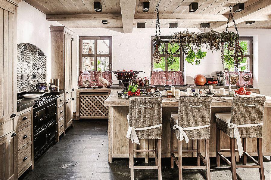 adelaparvu.com despre casa rustica cu interior clasic Polonia, designer Aleksandra Miecznicka, Foto Rafal Lipski (9)