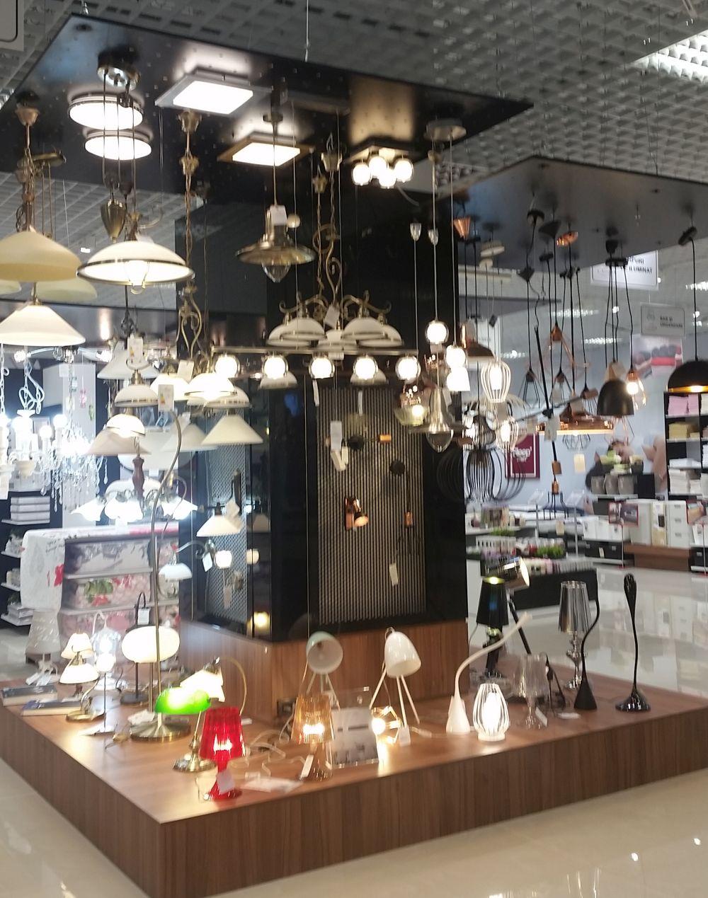 adelaparvu.com despre Casa Rusu Vitantis, mobila, decoratiuni, tapet, iluminat (18)