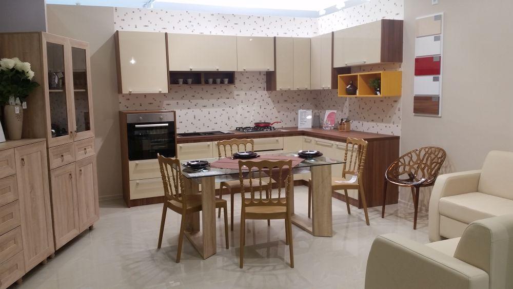 adelaparvu.com despre Casa Rusu Vitantis, mobila, decoratiuni, tapet, iluminat (32)