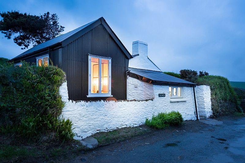 adelaparvu.com despre cabana de vacanta la mare, Cable Hut Cottage, Wales, Foto Unique Home Stays (21)