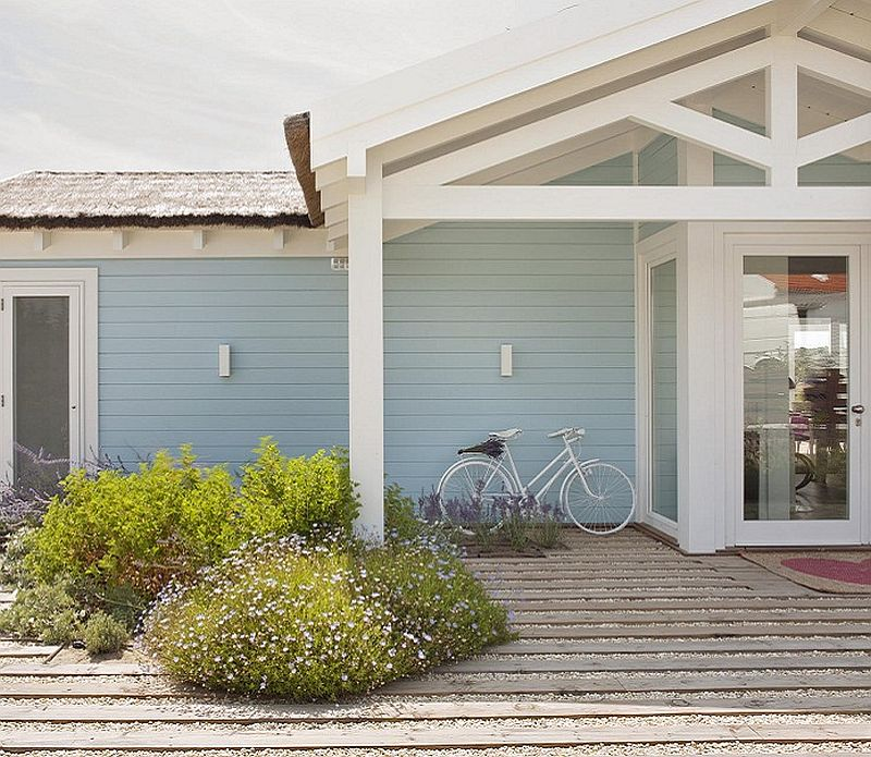 adelaparvu.com despre casa de vacanta la mare, Montse Cottage Portugalia, design SA&V International, Carmo Aranha si Rosario Tello (1)