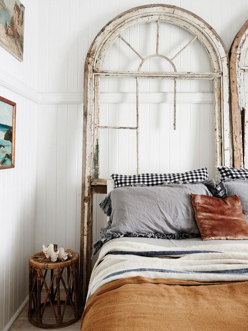 adelaparvu.com despre casa mica din lemn alba frumos decorata, design Kara Rosenlund (18)