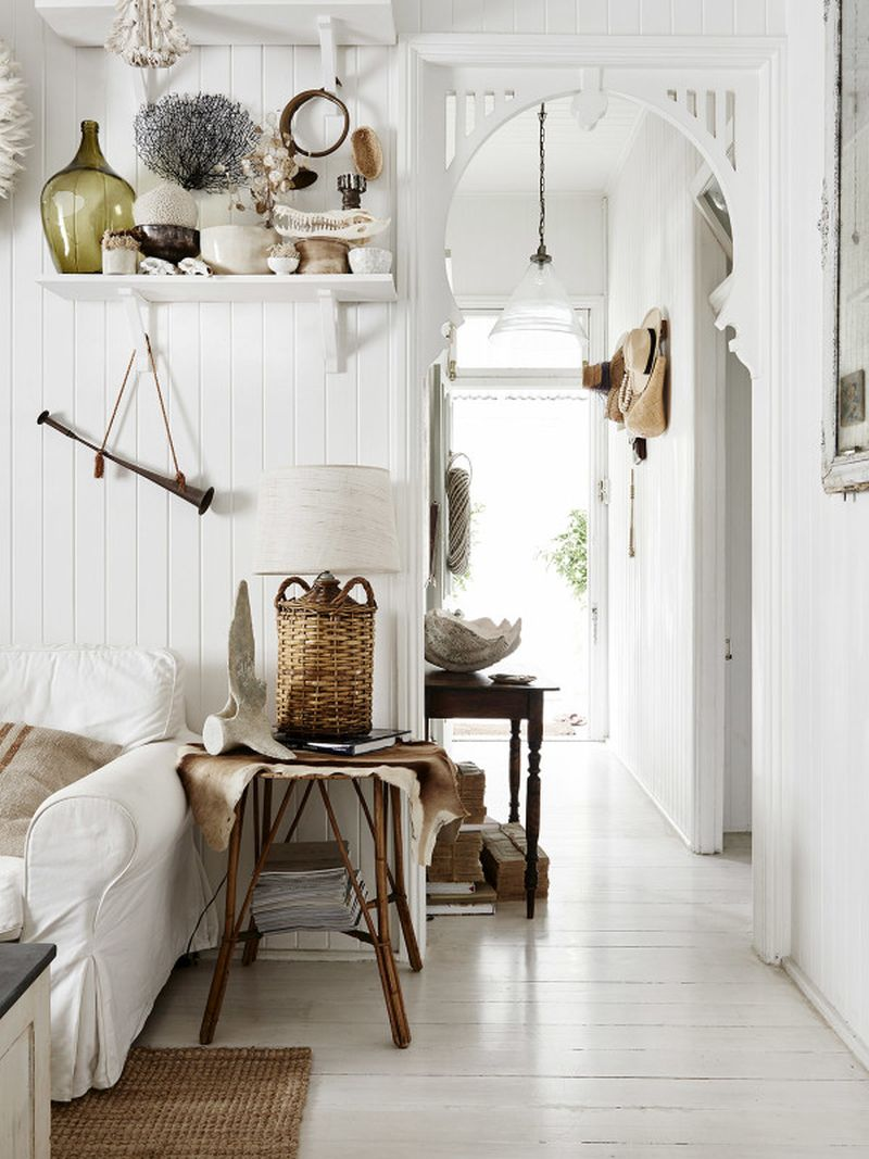 adelaparvu.com despre casa mica din lemn alba frumos decorata, design Kara Rosenlund (22)