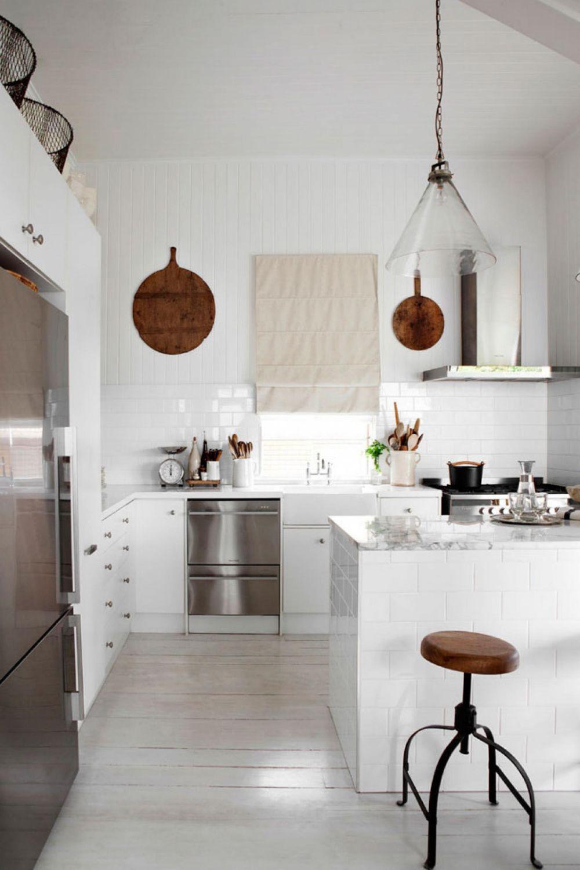 adelaparvu.com despre casa mica din lemn alba frumos decorata, design Kara Rosenlund (25)