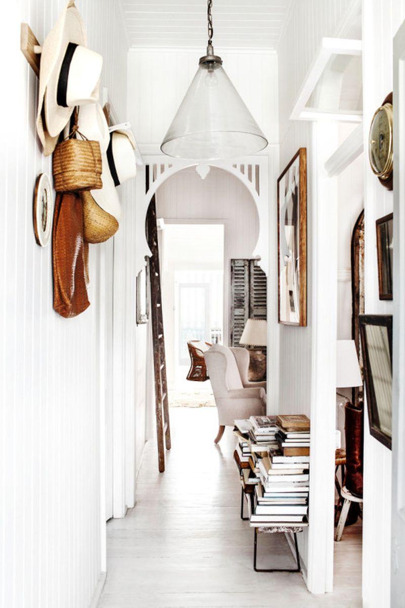 adelaparvu.com despre casa mica din lemn alba frumos decorata, design Kara Rosenlund (26)