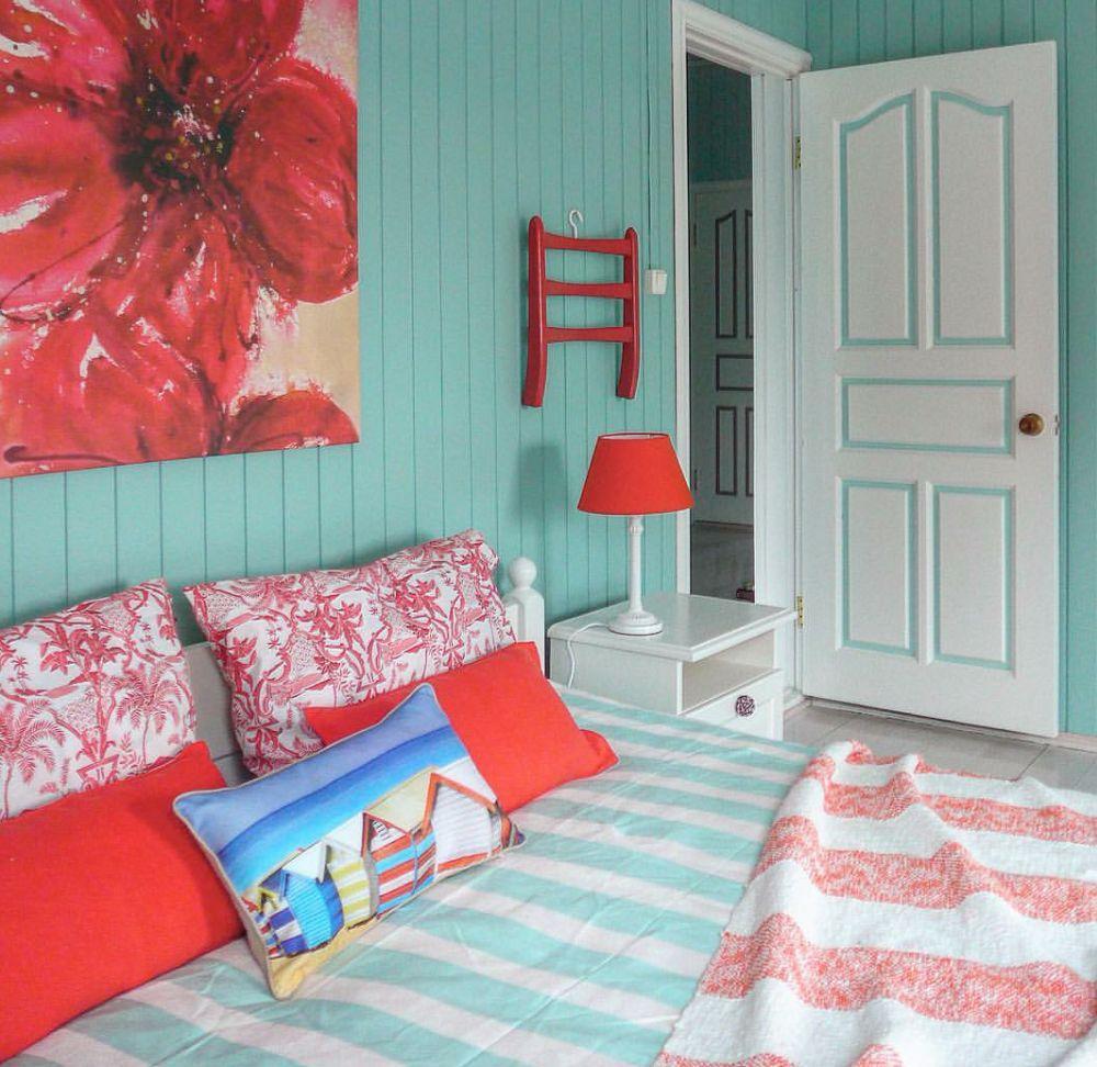 adelaparvu.com despre casa de vacanta colorata, designer Zhenya Zhdanova (31)