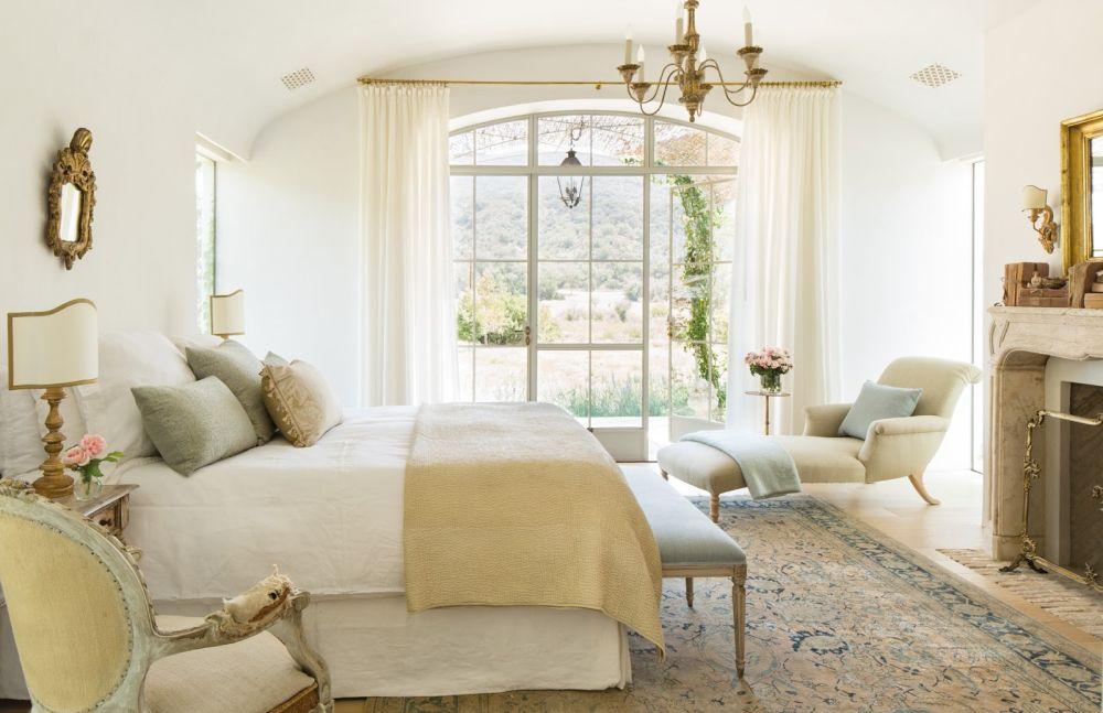 adelaparvu.com despre Patina Farm, California, dormitor matrimonial, arhitectura si design Giannetti Home (7)