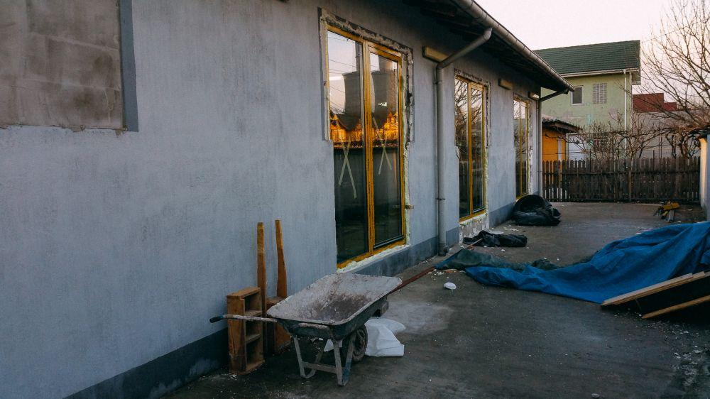 adelaparvucom-despre-foto-studio-in-constanta-romania-arhc-sergiu-zmeu-foto-andrei-nemisrchi-super33studio-42