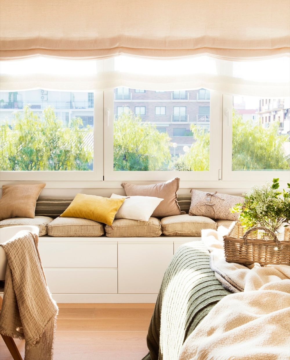 adelaparvu-com-despre-apartament-cald-in-tonuri-neutre-locuinta-spania-design-interior-laura-argelich-si-carla-casanova-foto-jordi-canosa-elmueble-11