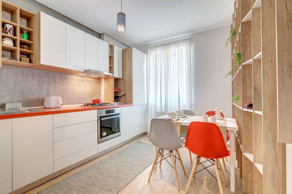 Ne dorim o bucătărie modernă, dar veselă. Apartament Ritm-designeri Marilena-Popa, Mihnea Ghildus