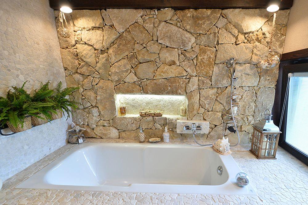 Ne dorim o casă de vacanță ca în Toscana, unde ne-am simțit minunat. Locuință la mare, design Melanie Girardi, Valentin Popescu