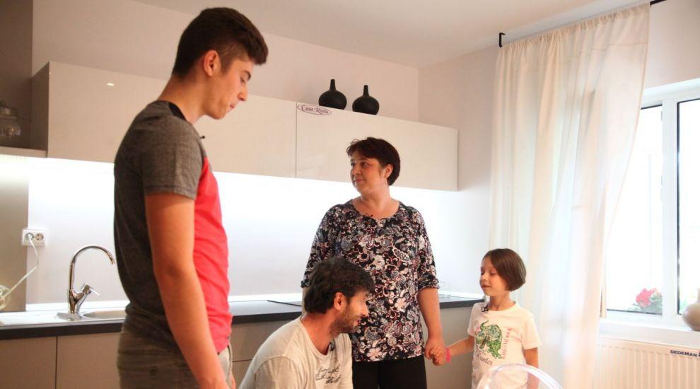 adelaparvu-com-despre-renovarea-locuintei-familiei-boitan-din-fetesti-episodul-6-sezonul-3-visuri-la-cheie