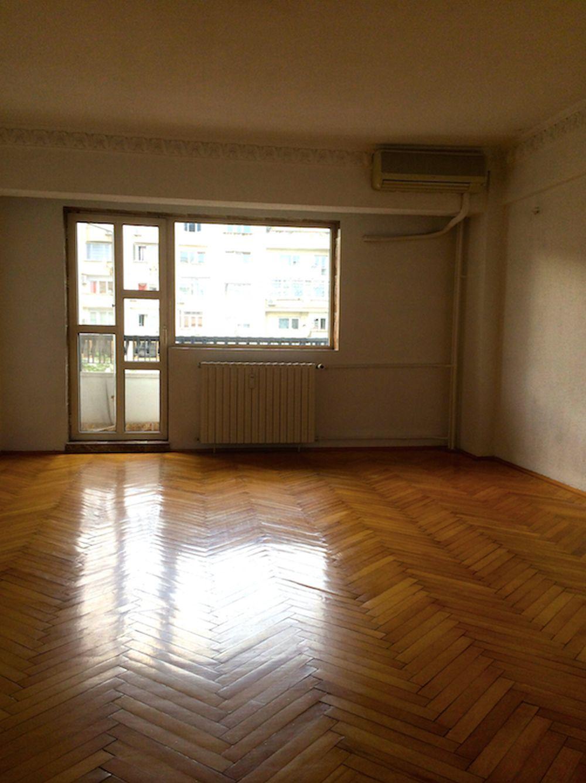 adelaparvu.com despre apartament 3 camere Bucuresti reamenajat, poze inainte (10)