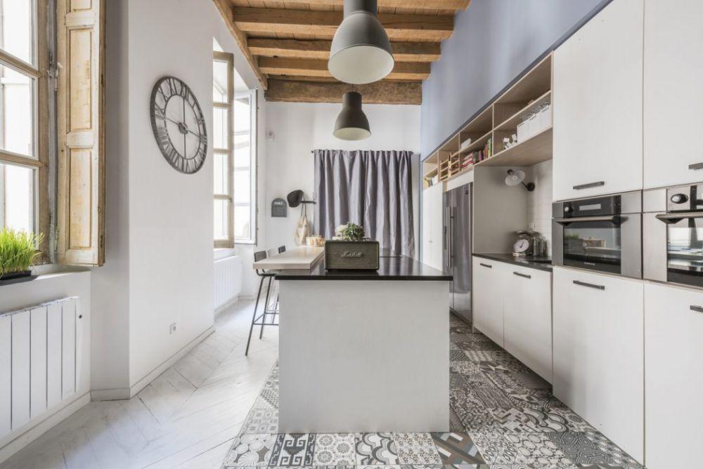adelaparvu-com-despre-apartament-in-lion-101-mp-espaces-atypiques-foto-alexandre-montagne-1