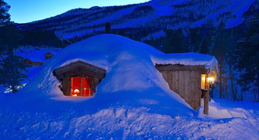 adelaparvu-com-despre-cabana-hobbit-hobbithytta-norvegia-design-sverre-mork-foto-facebook-hobbithytta-18