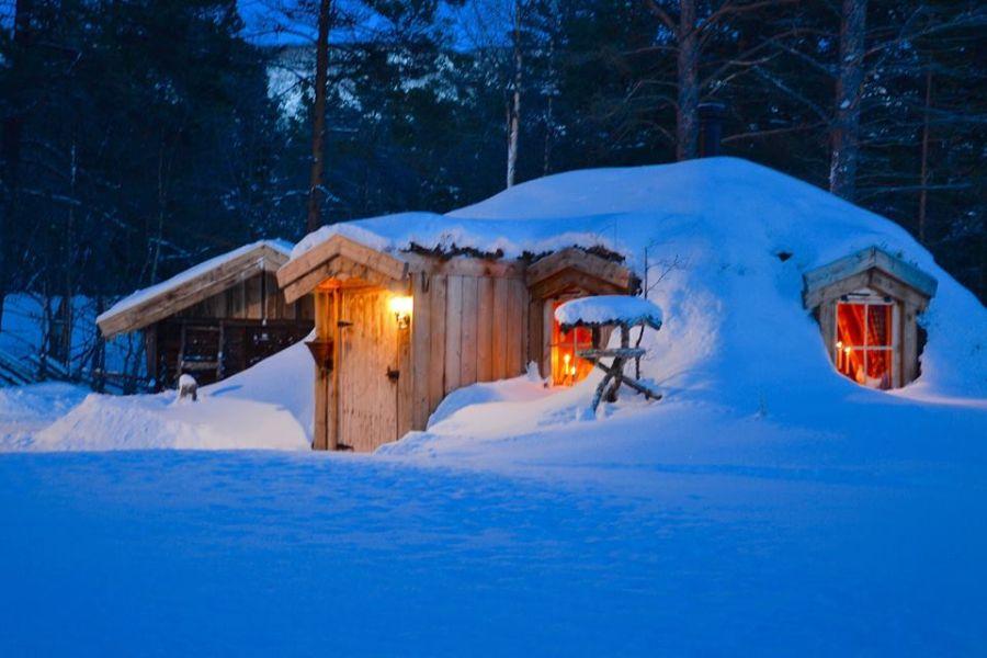 adelaparvu-com-despre-cabana-hobbit-hobbithytta-norvegia-design-sverre-mork-foto-facebook-hobbithytta-19