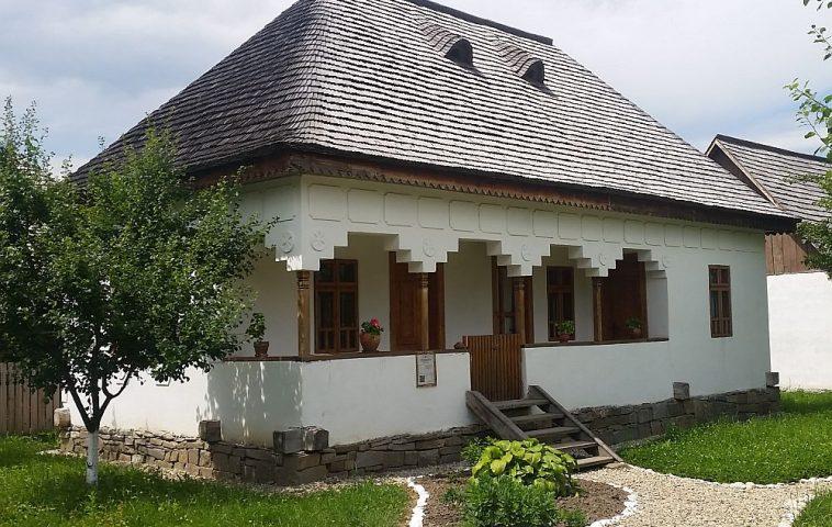 adelaparvu-com-despre-case-traditionale-romanesti-muzeul-viticulturii-si-pomiculturii-golesti-jud-arges-romania-foto-adela-parvu-13